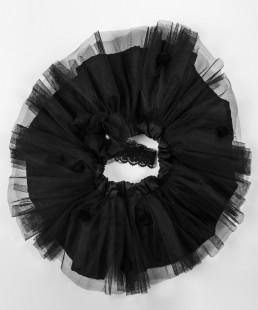 φουστα από τουλι μαυρη
