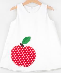 λευκό φόρεμα με μήλο τσέπη
