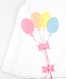 λευκό φόρεμα μπαλόνια